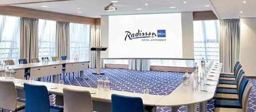 Radisson-Blu-Hotel-conference-room-compressor